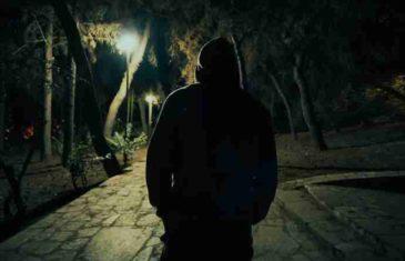 """Sinoć sam sa suprugom šetao kroz obližnji park kada su nas presrela 4 mlađa muškarca"""