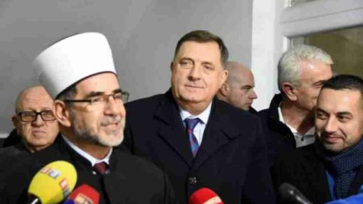RAŠIRIO SE: Dodik s 100.000 KM podržao izgradnju Islamskog centra u Doboju