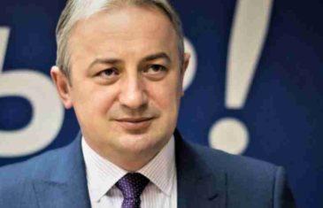 """BORENOVIĆ PODGRIJAVA ATMOSFERU: """"Za razliku od Dodika koji nikad nije ispunio formalan korak ka nezavisnosti RS-a, MI…"""