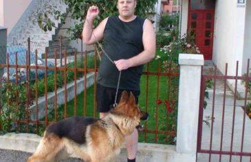 PRIJETIO KLANJEM BOŠNJAKA NA INTERNETU I VRŠIO NUŽDU ISPRED DŽAMIJE: Danelu Rajkoviću iz Gackog godinu dana zatvora za izazivanje vjerske i nacionalne mržnje