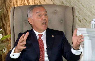 """SVI SU NA NOGAMA; ĐUKANOVIĆ POSLAO SNAŽNU PORUKU: """"Za Crnu Goru ćemo se boriti i u ŠUMI ako bude trebalo"""""""