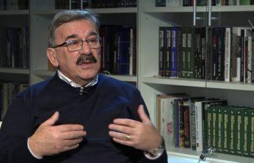 """ČOVIĆEV PORTAL NAPAO LAZOVIĆA: """"Već 25 godina brani državu BiH i Daytonski sporazum, rušeći i jedno i drugo""""!"""