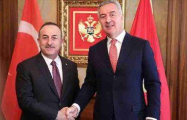 """DOK IZ SRBIJE PRIJETE, TURSKI MINISTAR OHRABRUJE: """"Turska vidi Crnu Goru kao važnog saveznika, ona predstavlja…"""""""