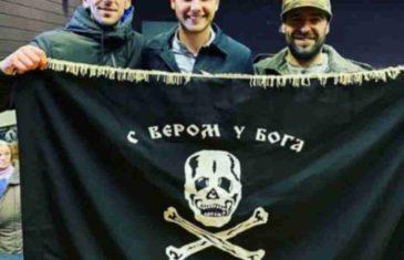 Draško Stanivuković šokirao fotografijom iz Foče: Nasmijan sa četničkom zastavom… To vam je čudno?!