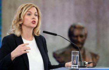 KO JE OVDJE LUD: Čovićeva miljenica danima se žalila Europskoj komisiji na Tursku, ne biste vjerovali šta sada priča o Turcima…