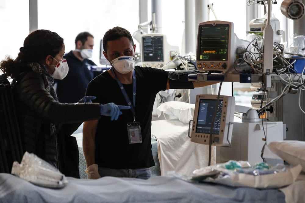(UZNEMIRUJUĆE) DOKTOR OPISAO SAV UŽAS KORONE! Gledam pacijenta, BORI SE ZA VAZDUH, davi se, pluća su mu PUNA TEČNOSTI…
