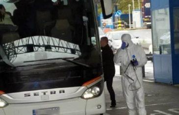 NAPRAVIO POMETNJU U TRI DRŽAVE: Talijan pobjegao iz karantina u Hrvatskoj, pa uhvaćen na granici Srbije i Crne Gore, SVI PUTNICI IZ AUTOBUSA MORAĆE…