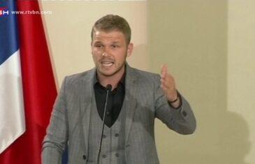 """STANIVUKOVIĆ DODIKU: """"Meni nećeš moći podviti rep kao Vučiću, kojeg ste…"""""""