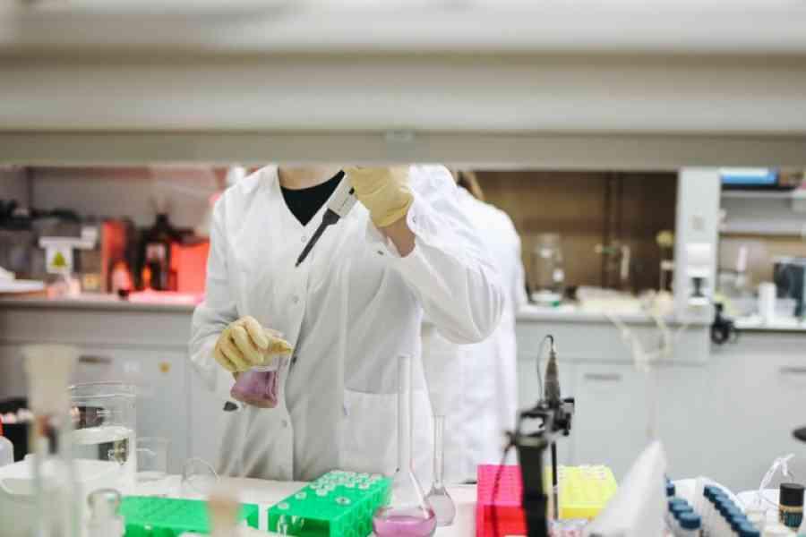 OBDUKCIJE POKAZALE NOVU ZABRINJAVAJUĆU STVAR: Virus korona oštećuje organe