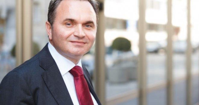 Hapšenje premijera Novalića nije borba protiv kriminala i korupcije, već režija političko-mafijaških struktura!