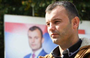 """GRUJIČIĆ U STRAHU OD IZBORNOG PORAZA: """"Ako se Srbi dogovore i stanu iza jednog kandidata, nikakav inženjering ne može pobijediti srpsko…"""
