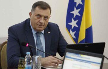 MIGRANTI MU KUCAJU NA VRATA, A ON TEK SAD ZVONI NA UZBUNU: Je li Dodik konačno shvatio da se granica sa Srbijom…