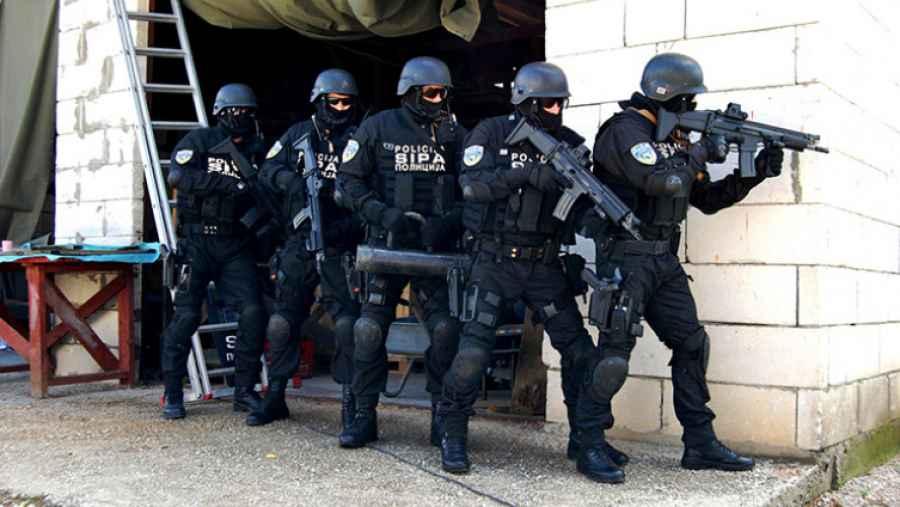 POLICAJCI DRŽAVNIH AGENCIJA IZNENAĐENI PRIJEDLOGOM BUDŽETA: A nije ni čudo kada vidite kolika im je plata…