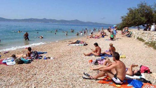 TEŽAK UDARAC HRVATSKOM TURIZMU: Zaraženi turisti u Zadru i Puli, svi su epidemiološki…