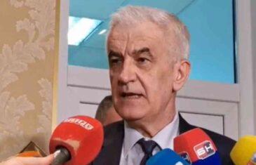 """MINISTAR MANDIĆ NE KRIJE PANIKU: """"Prijeti nam crni scenarij…"""""""
