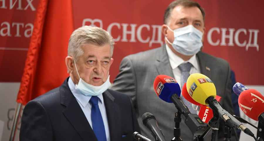 PREOKRET U SEMBERIJI, DODIKOV PRELETAČ GUBI IZBORE: Najnovije istraživanje otkriva, Petrović vodi, ne piše se dobro Mići Mićiću…