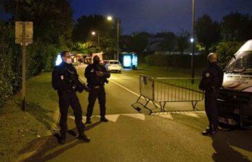 PROTESTI U PARIZU I LONDONU: U jeku policijskog časa građani traže slobodu kretanja