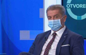 SEKUNDE DO RESPIRATORA: Bivši ministar zdravlja Hrvatske tvrdi da je uz ovu vježbu prebolio koronu…