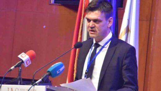 """CVITANOVIĆ GLUMI ČOVIĆA: """"Nećemo dopustiti izmjenu mostarskog Statuta , a da se ne izmijeni…"""