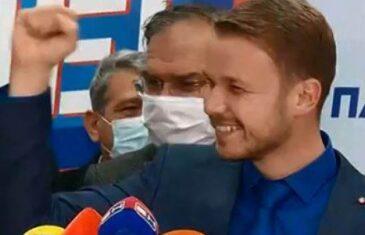 EVO DRAŠKA, PRINCA NA ZRNU GRAŠKA: Stanivuković bez konkursa zaposlio…