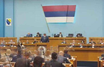 BURNO U PARLAMENTU REPUBLIKE SRPSKE: Dodikova vladajuća većina strahuje od blokada opozicije…