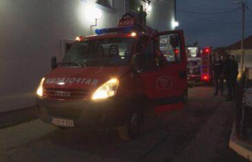 VELIKI POŽAR U DODIKOVOJ OMRAŽENOJ TELEVIZIJI: Vatrogasci se sa vatrenom stihijom borili dva sata…
