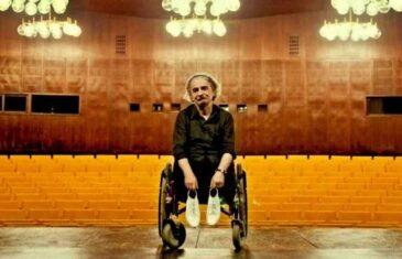 """GLUMAC NERMIN TULIĆ PORUČIO POLITIČARU BAKIRU IZETBEGOVIĆU: """"Izgubio sam obje noge od granate srpske vojske, a nikad nisam ni pomislio ono…"""""""