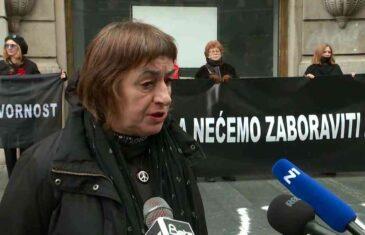 """""""ŽENE U CRNOM"""" U BEOGRADU OBILJEŽILE POČETAK OPSADE SARAJEVA: """"Zahtevamo da država Srbija prestane da se…"""