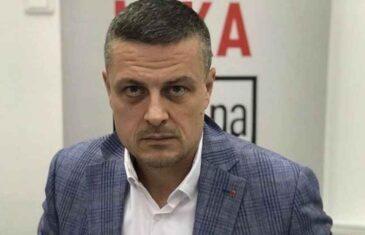"""VOJIN MIJATOVIĆ, NAKON DRAME NA KOSOVU: """"Šta čekaju Dodik, Stanivuković, Šarović, Borenović, Nešić, Stevandić i ostale `patriote`, što ne idu sa…"""