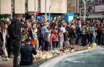 CRNA GORA NA NOGAMA: U više gradova protesti zbog s**sualnog zlostavljanja