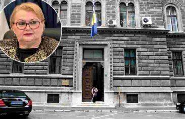 """I DOK NAM TAKO PO SVIJETU DOGOVARA HUMANITARNU POMOĆ: """"Ministrica Bisera Turković, kršeći zakon, unaprijedila i uhljebila…"""