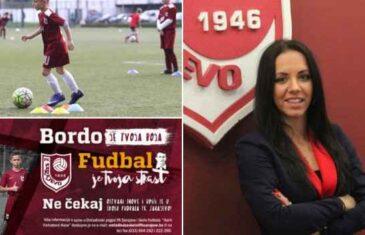 POZVALI INSPEKCIJU DA UĐE U KLUB 'Izjave direktorice FK Sarajevo vrijeđaju inteligenciju': Roditelji polaznika Škole fudbala tvrde da…