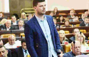 """""""UHAPSITE MONSTRUMA"""": Antonić nakon saznanja da je kiseonik ispravan prozvao…"""