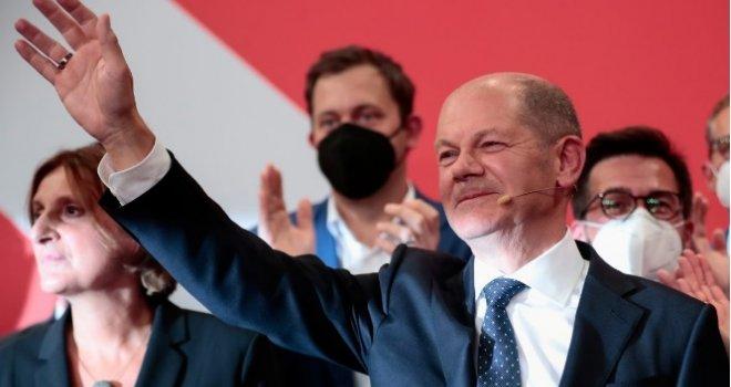 Ko je čovjek koji nakon Angele Merkel dolazi na čelo Njemačke: Ljevičar kojeg ne vole njegovi, zovu ga 'betonskim licem'