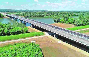 NA POMOLU JE NOVI SKANDAL: Most i granični prijelaz Svilaj još nije ni otvoren, a Dodikov zastupnik traži ocjenu ustavnosti naziva….